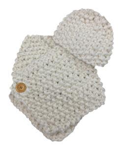 hand_knit_kit_white