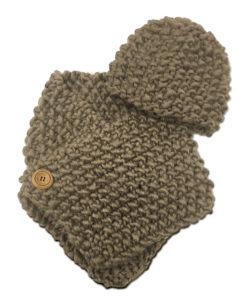 hand_knit_kit_beige